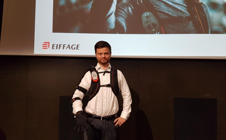 Presentation of the bionic glove, Ironhand® at the FNTP