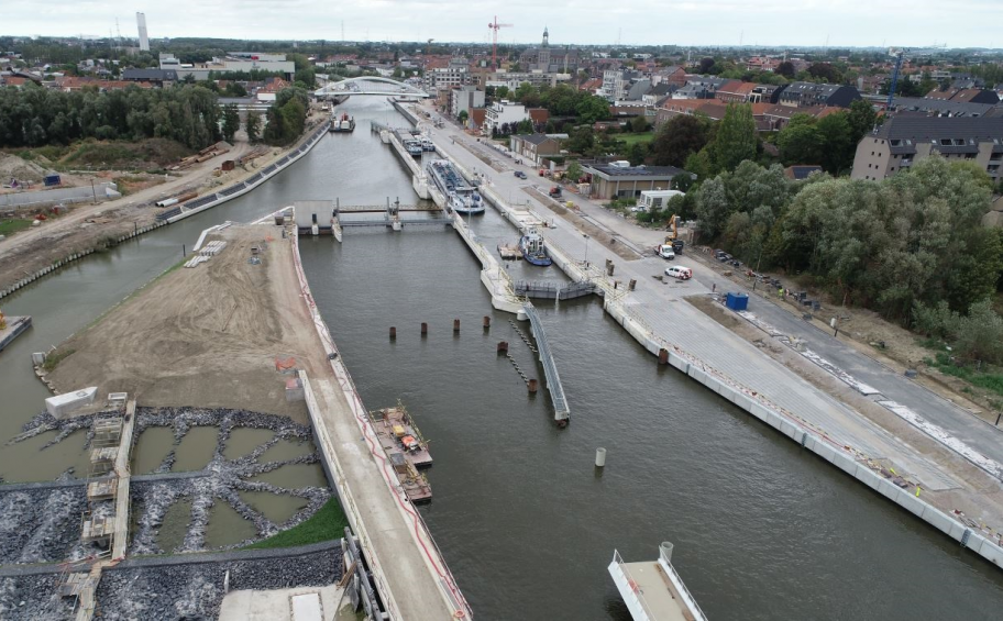 Vote for the eclused dam of la Lys in Harelbeke (Eiffage Benelux) nominated for an Award Publica!