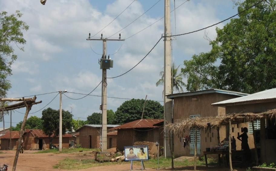 Beninese electrical energy company SBEE entrusts RMT with extending networks in Benin