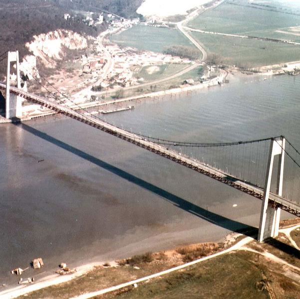 Fougerolle builds the bridge of Tancarville (Seine-Maritime)
