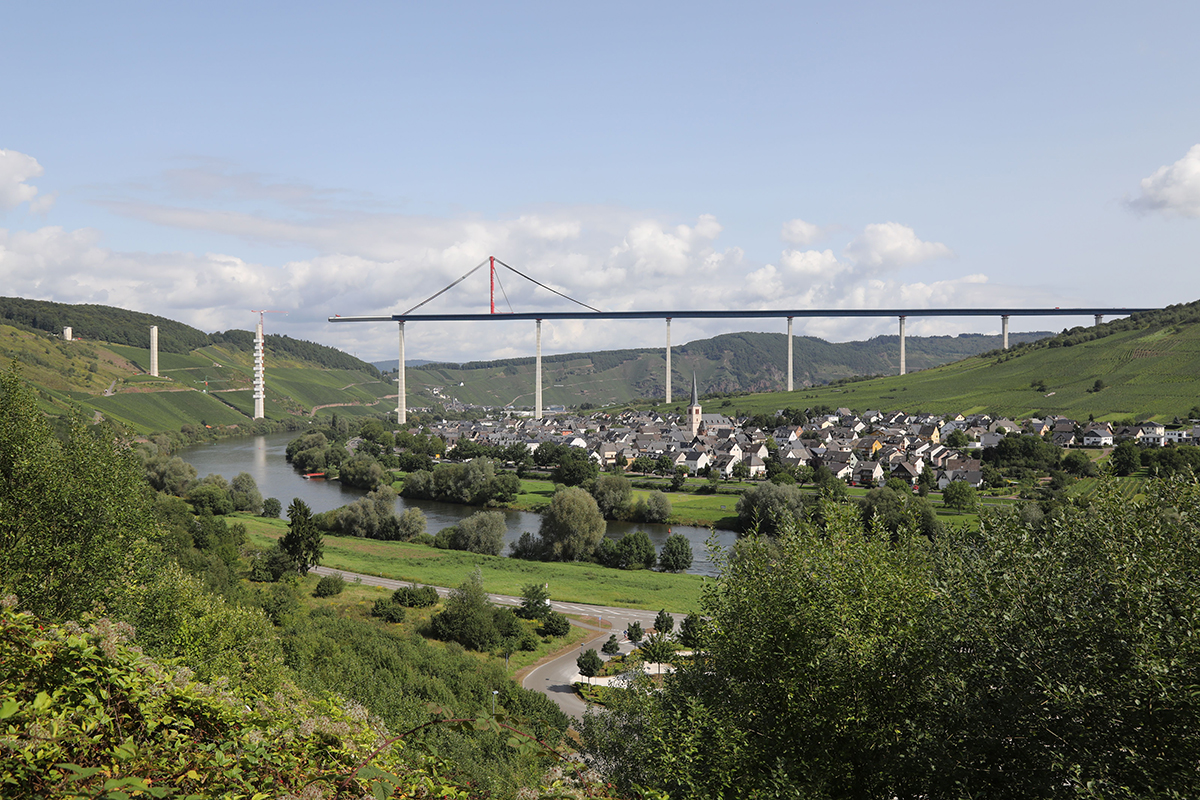 Hochmosel Bridge